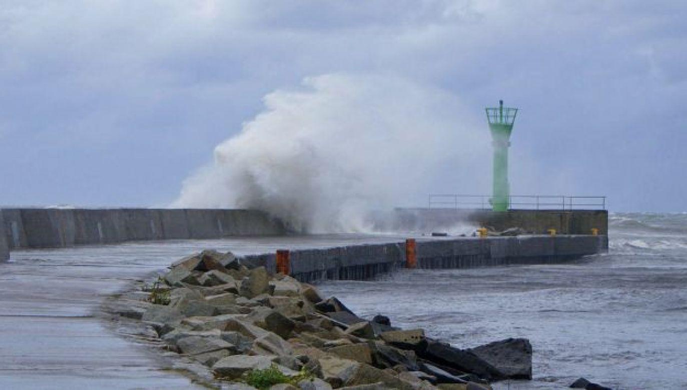 Ostrzeżenia mówią o silnym sztormie na Bałtyku (fot. wikipedia.org/JDavid)