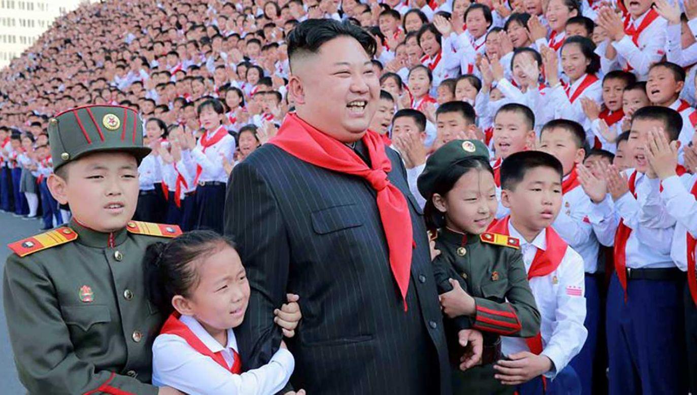 Choć w ciągu ostatnich 20 lat w Korei Płn. poczyniono znaczne postępy, wciąż nie brakuje tam wyzwań humanitarnych (fot.  REUTERS/North Korea's Korean Central News Agency)