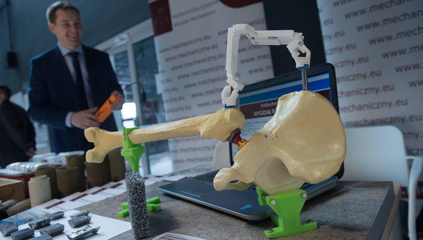 Innowacyjne produkty prezentowane podczas spotkania w ramach KIS Technology Open Day (fot. PAP/Grzegorz Michalowski)