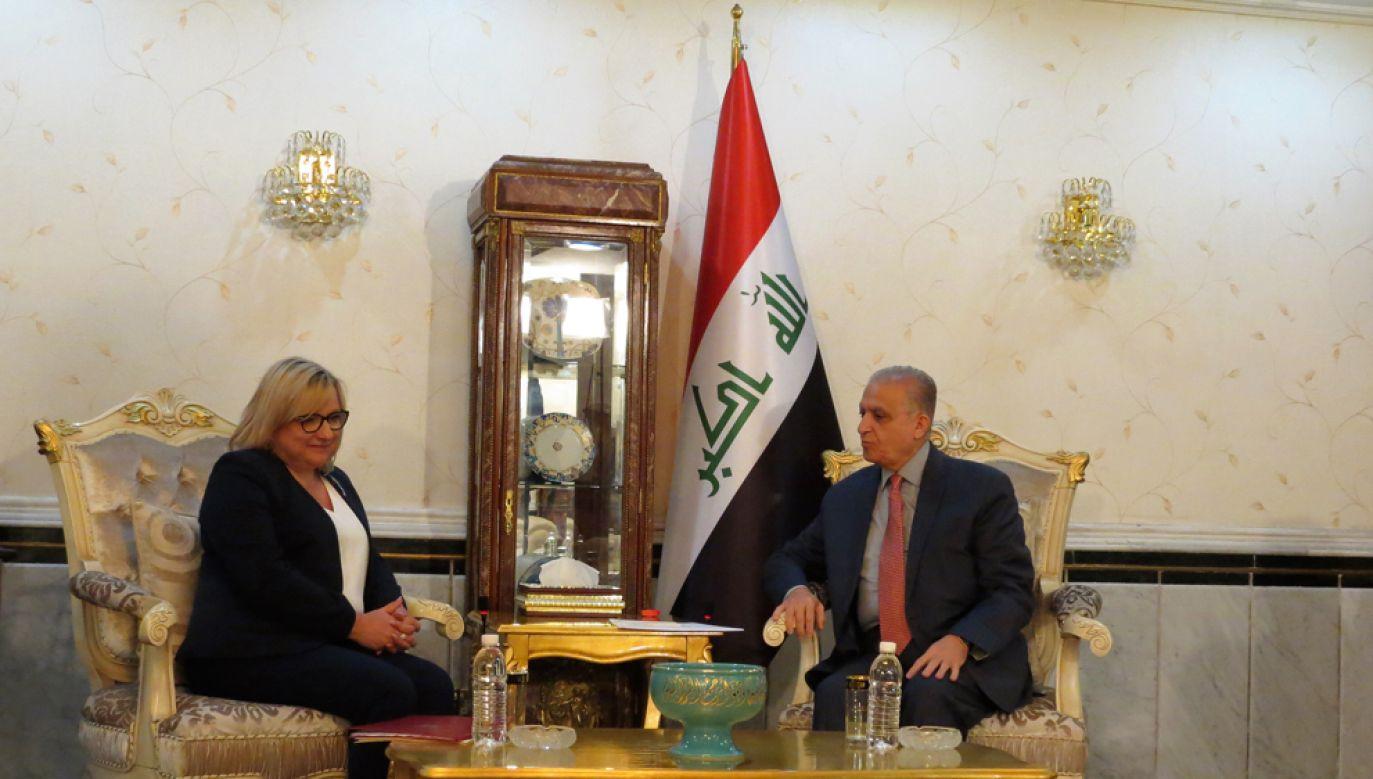 Minister ds. humanitarnych Beata Kempa i minister spraw zagranicznych Iraku Mohammed Ali al-Hakim(fot. Portal TVP Info)
