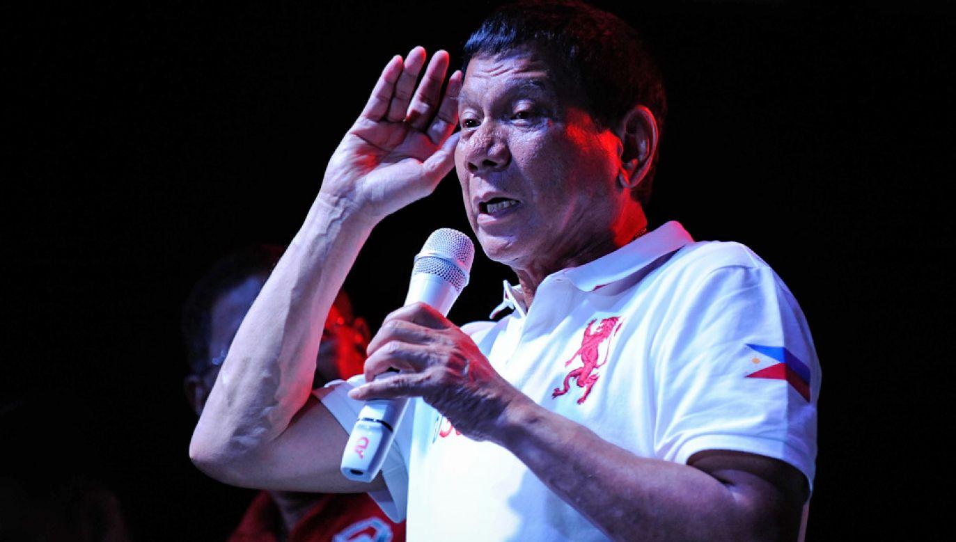 Rodrigo Duterte twierdzi, że jako 14-latek został wykorzystany przez księdza (fot. Dondi Tawatao/Getty Images)