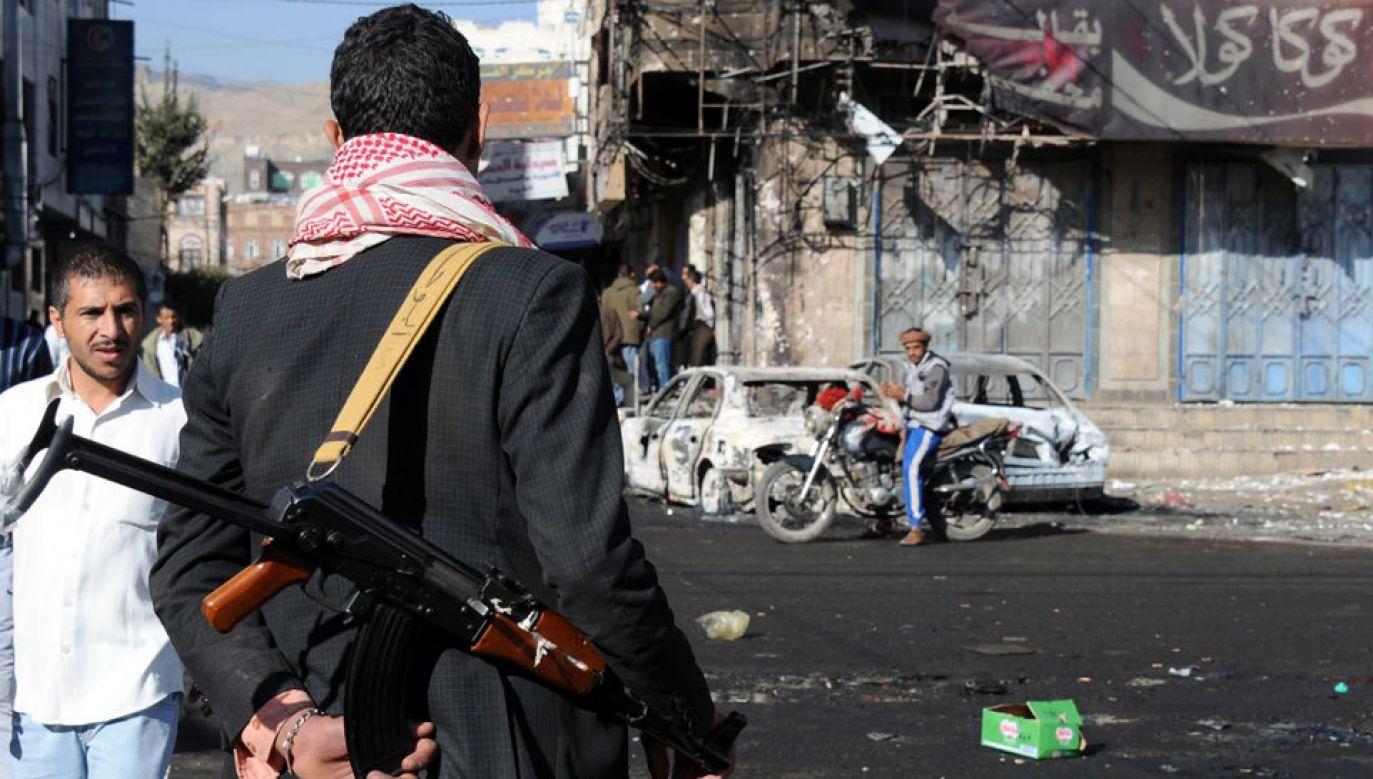 Rebelia Huti wciąż trzyma się mocno dzięki wsparciu Iranu (fot. Mohammed Hamoud/Anadolu Agency/Getty Images)