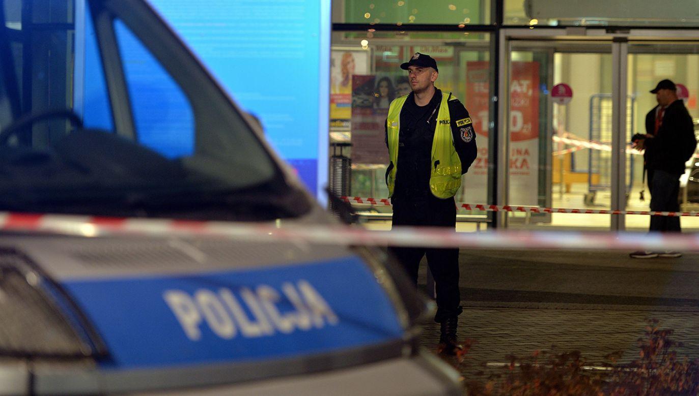 W czasie ataku nożownika 10 osób zostało poszkodowanych, jedna z nich - 56-letnia kobieta -zmarła (fot. arch. PAP/Darek Delmanowicz)