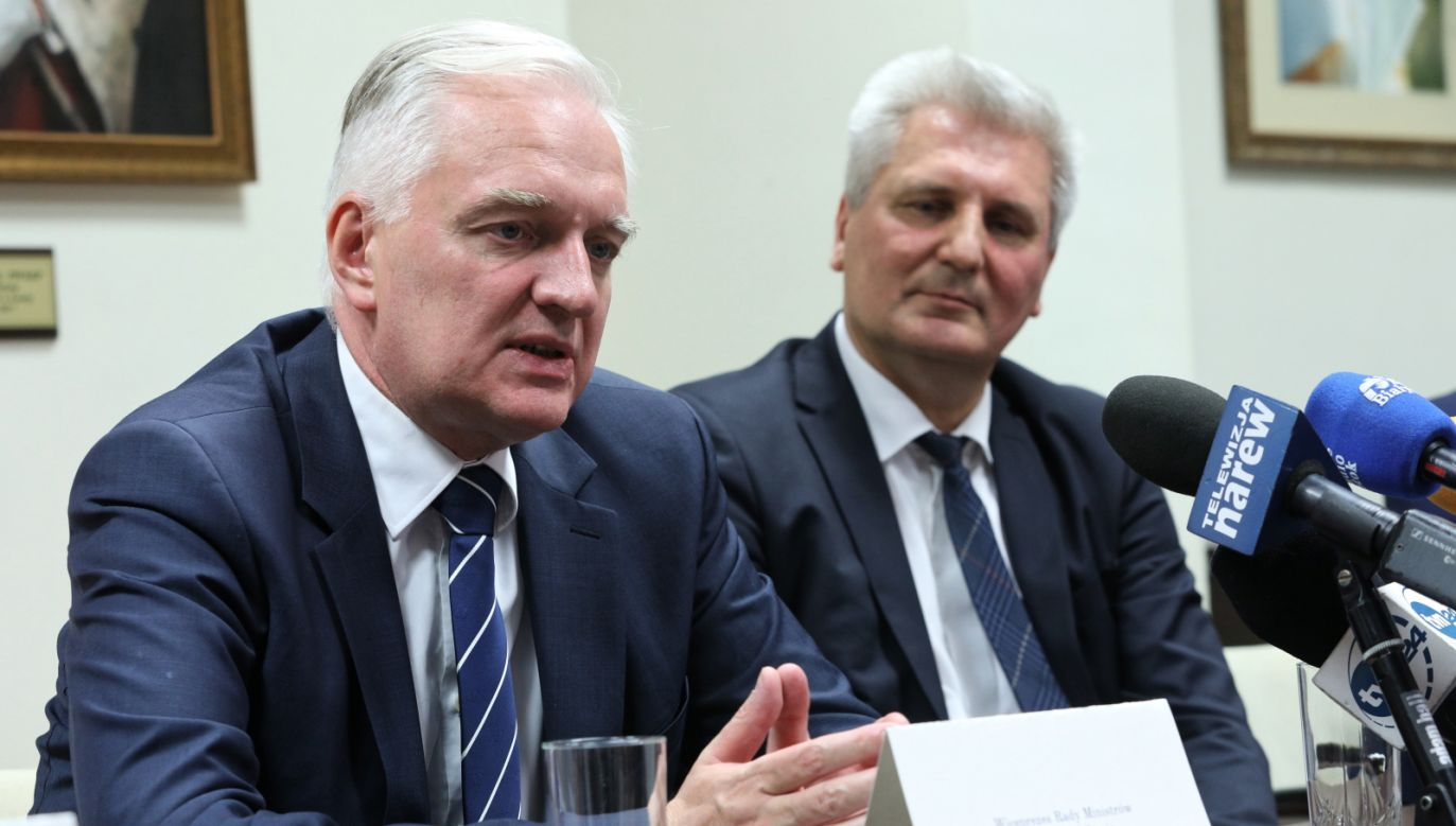 Science minister Jarosław Gowin (L) during the conference in Łomża, northeast Poland. Photo: PAP/Artur Reszko