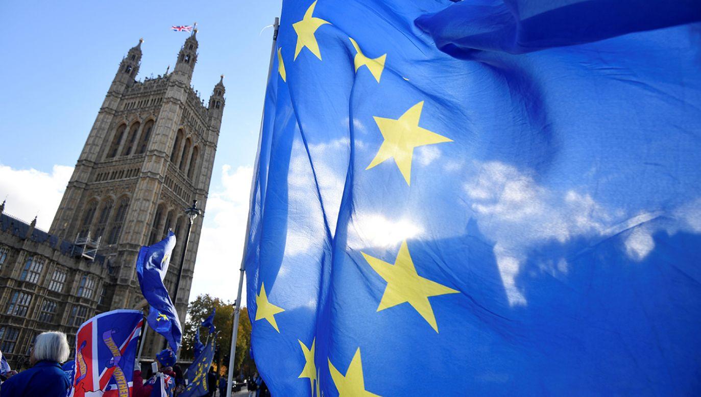 Według stanowiska brytyjskiego rządu pytanie skierowane do TSUE jest bezpodstawne, bo ministrowie nie mają intencji zmieniania decyzji o wyjściu z Unii Europejskiej (fot.  REUTERS/Toby Melville)