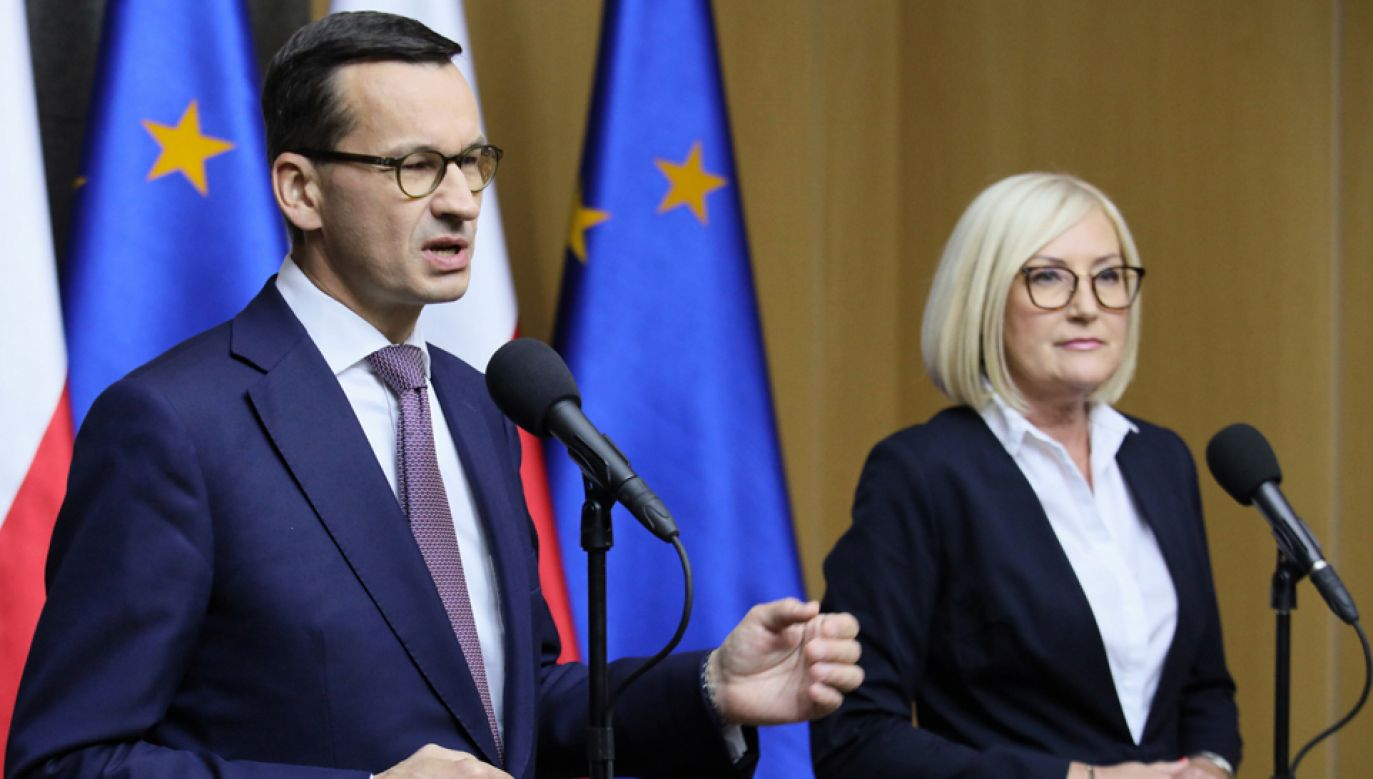 Premier Mateusz Morawiecki podsumował swój udział w nieformalnym szczycie szefów państw i rządów UE w Salzburgu (fot. PAP/Leszek Szymański)