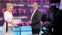 """Agata Dzikowska i Kamil Wójkowski – studio """"Faktów o poranku"""" (fot. Łukasz Owsiany)"""