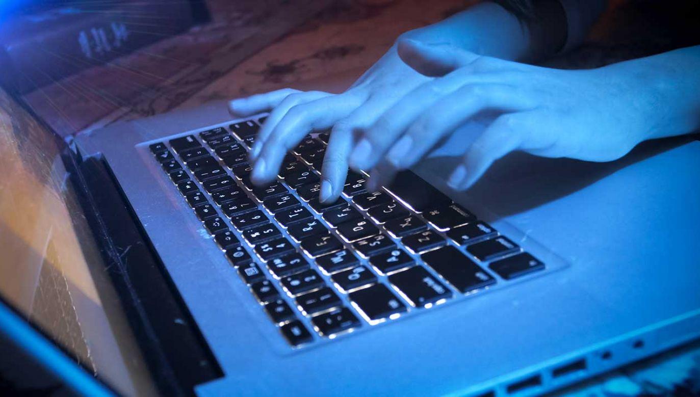 Niepokojącego wyczynu dokonał podczas weekendowej konferencji  DefCon (fot. Shutterstock/kryzhov)
