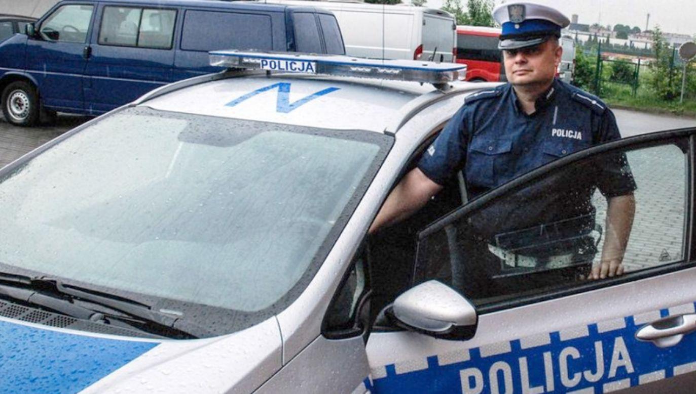 Mł. asp. Karol Schwarzlose z policji w Człuchowie (fot. pomorska.policja.gov.pl)