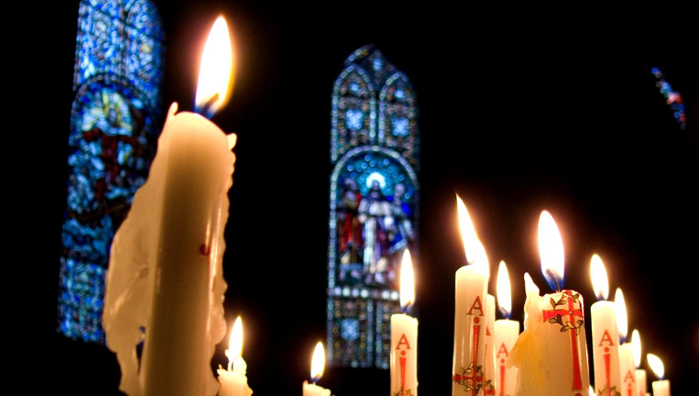 Mężczyzna ukradł dobra kościelne warte ok. 700 zł (fot. Shutterstock/Heide Pinkall)