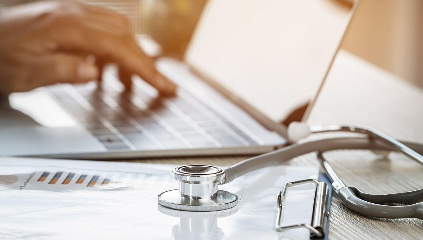O sytuacji poinformowała władze szpitala firma zajmująca się sprawdzaniem komputerów (fot. Shutterstock/smolaw, zdjęcie ilustracyjne)
