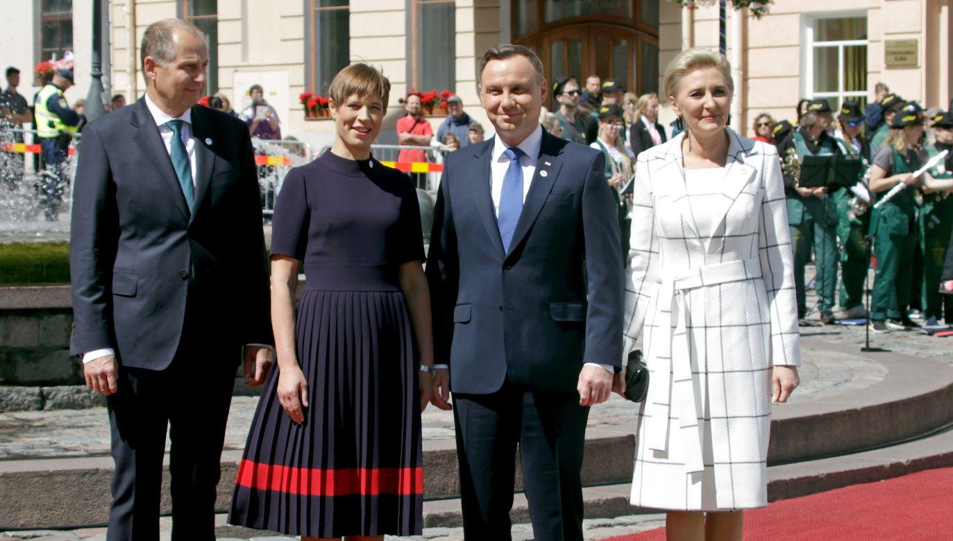 Polish and Estonian Presidential couples: Estonian President Kersti Kaljulaid (2-L) with her husband Georgi-Rene Maksimovski (L) and Andrzej Duda (2-R) with his wife Agata Kornhauser-Duda (R). Photo: PAP/EPA/Valda Kalnina