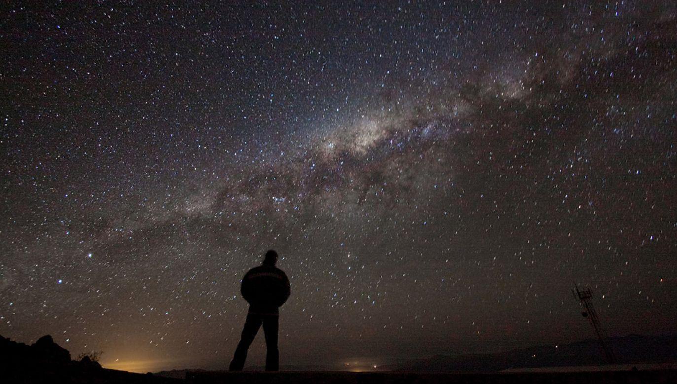 Ogromna czarna dziura mieści się w środku Drogi Mlecznej (fot. Wiki/ESO)