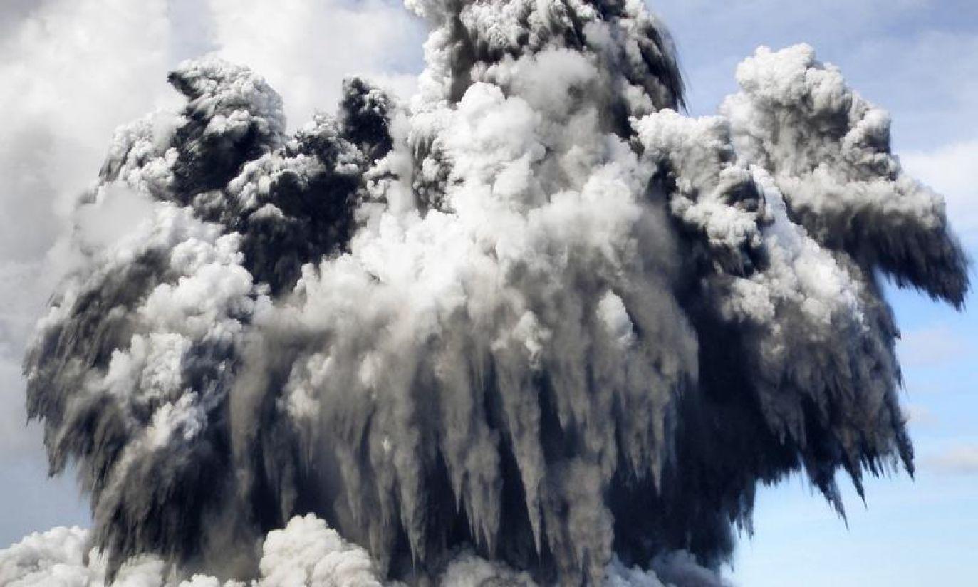(fot. REUTERS/Matangi Tonga Online/Handout)