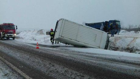 Niebezpiecznie na drogach po ataku zimy