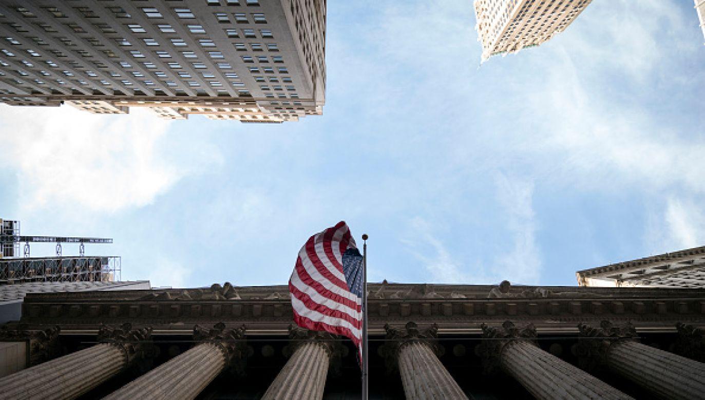 Poniedziałkowa sesja na Wall Street przyniosła dynamiczne odbicie (fot. Drew Angerer/Getty Images)
