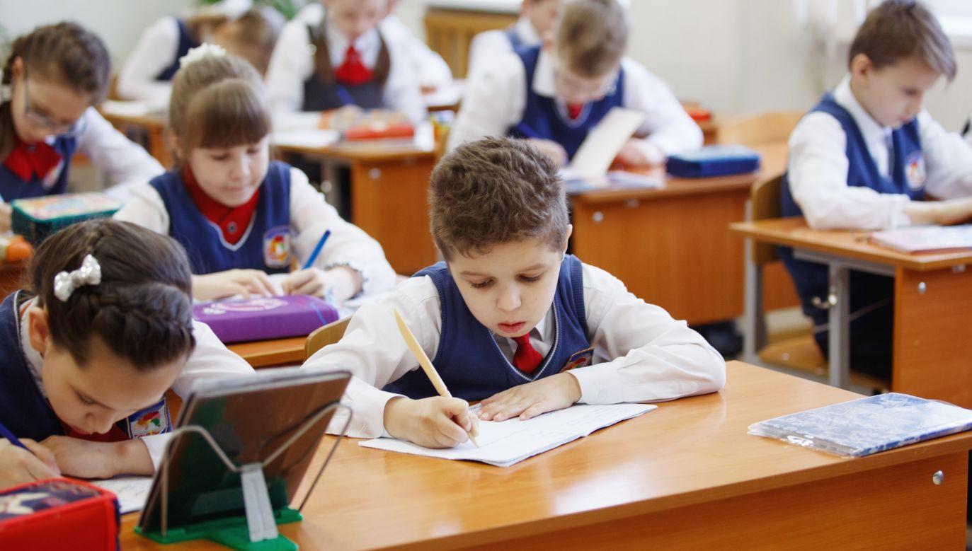 Zasady, na jakich zbudowana jest szkoła, są oderwane od rzeczywistości - twierdzi Angelika Talaga. Fot. Shutterstock