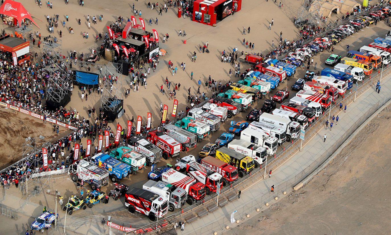 Widok na bazę startową w Limie (fot. REUTERS/Carlos Jasso)