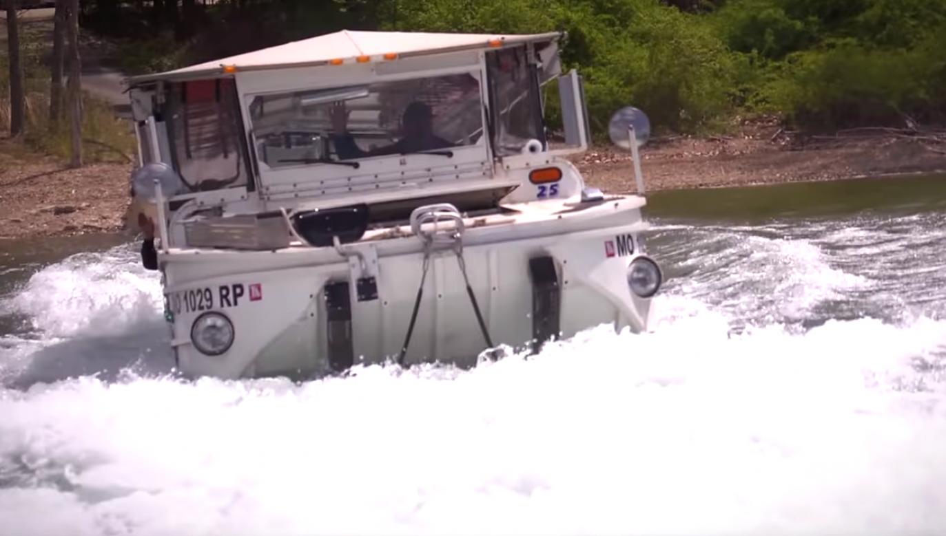 Wszystko wskazuje na to, że przyczyną wypadku była zła pogoda (fot. youtube/Branson Ducks)