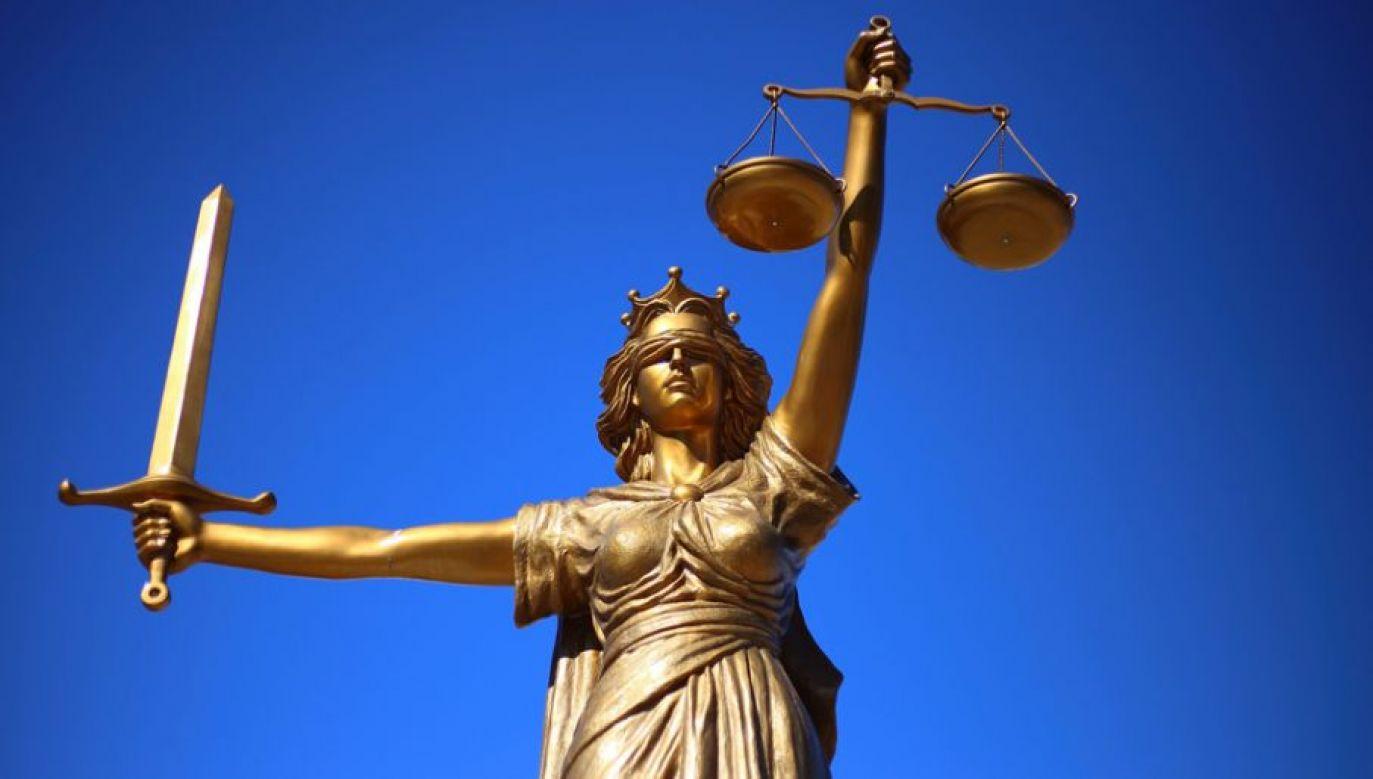 """""""Rada zaproponowała członkom ENCJ zawieszenie członkostwa KRS w związku z tym, że nie spełnia ona wymogów ENCJ dotyczących niezależności od władzy wykonawczej i ustawodawczej"""" (fot. Pixabay)"""