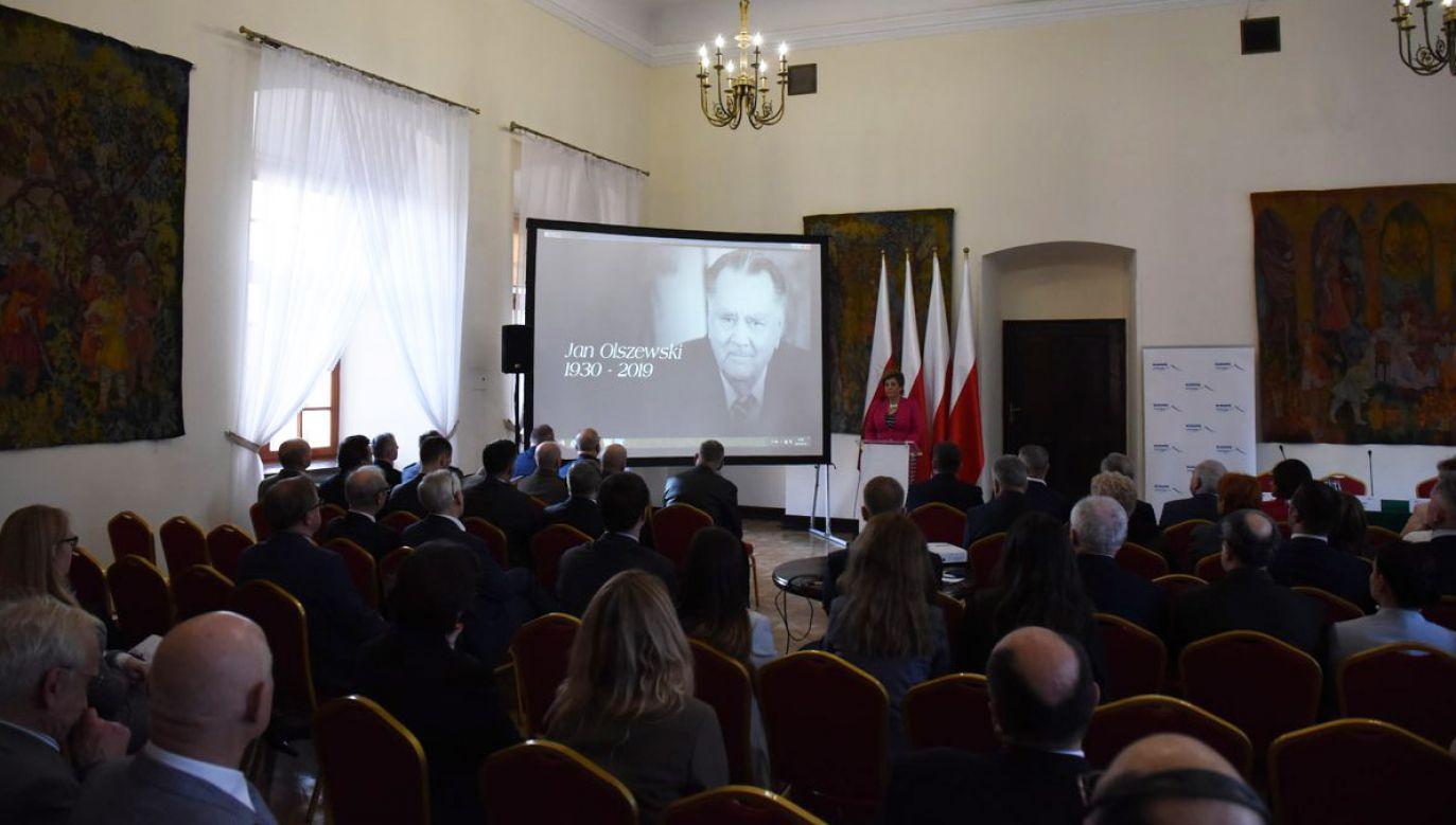 Konferencja zorganizowana została w Krasiczynie k. Przemyśla (fot. TT/@KancelariaSejmu)