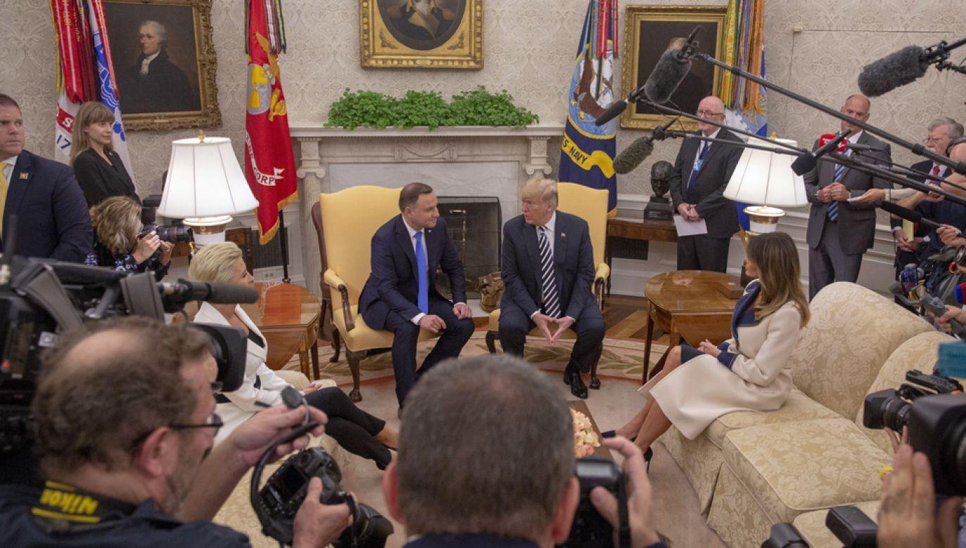 Andrzej Duda i Donald Trump rozmawiali także w cztery oczy (fot. PAP/EPA/TASOS KATOPODIS / POOL)