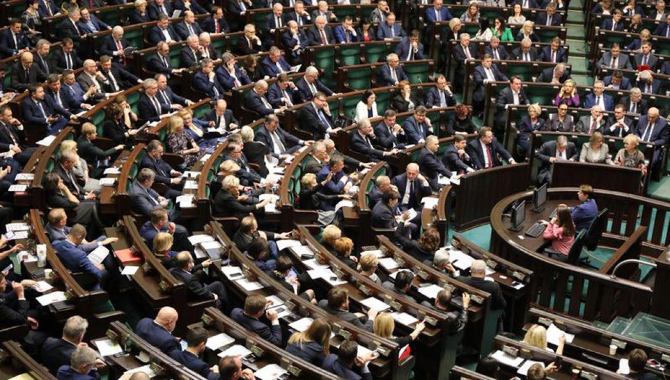 Zamiar wzięcia udziału w wyborach zadeklarowało w lutym 58 proc. badanych (fot. Kancelaria Sejmu?Rafał Zambrzycki)