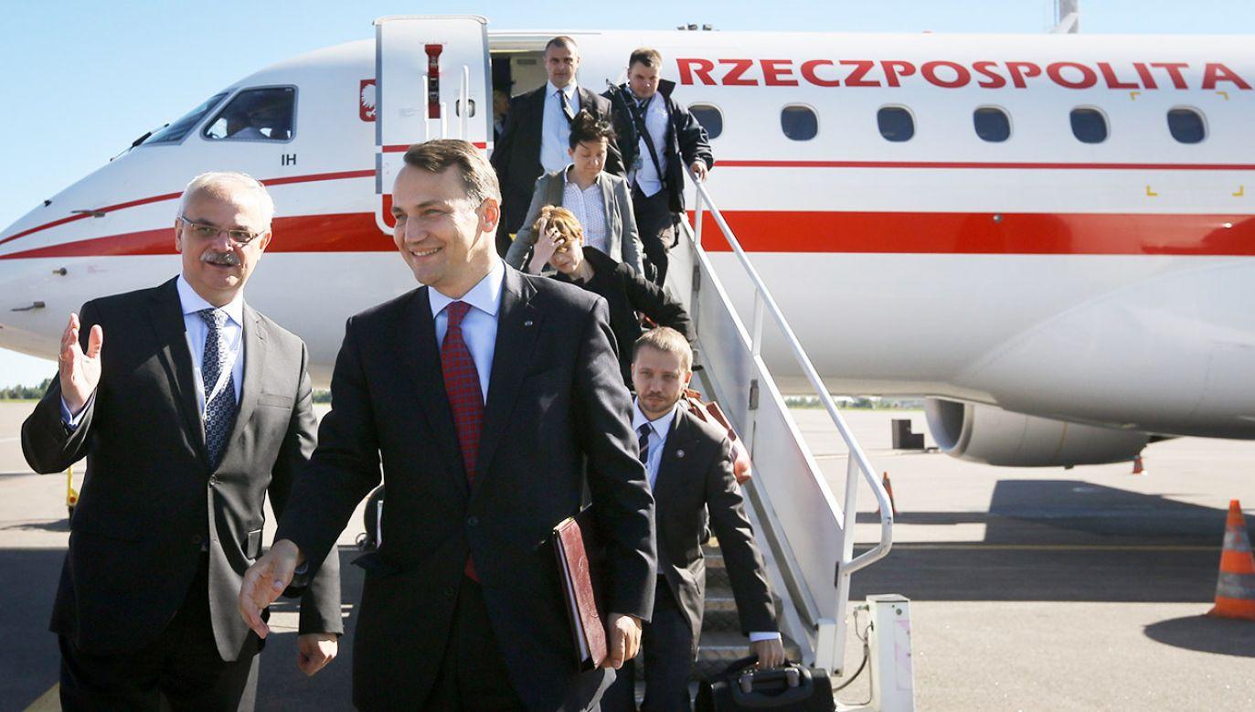 Minister spraw zagranicznych w rządzie PO pozamykał aż 39 ambasad i konsulatów generalnych (fot. arch.PAP/Paweł Supernak)