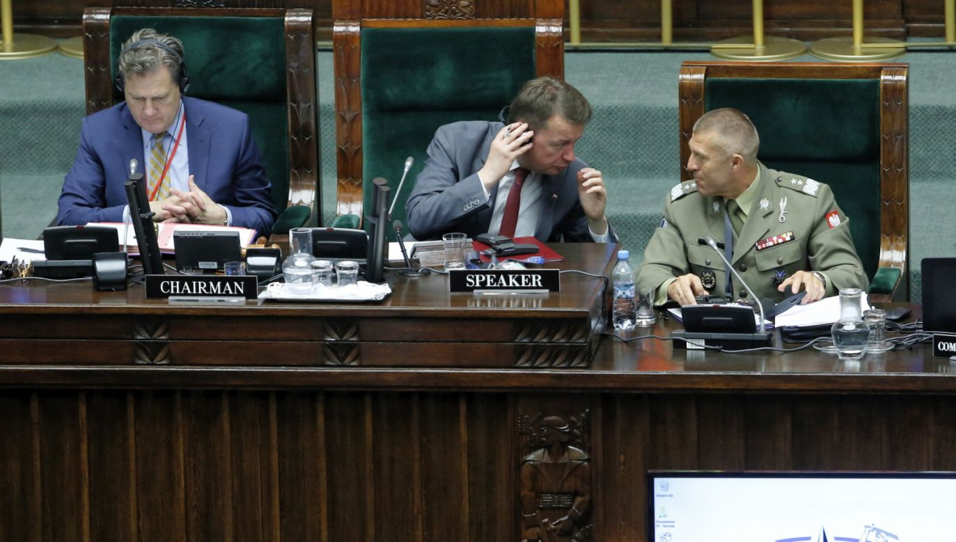 Polish Defense Minister Mariusz Błaszczak (C) headed the meeting the the Polish lower House. Photo: PAP/Adam Guz WŁAS PAP