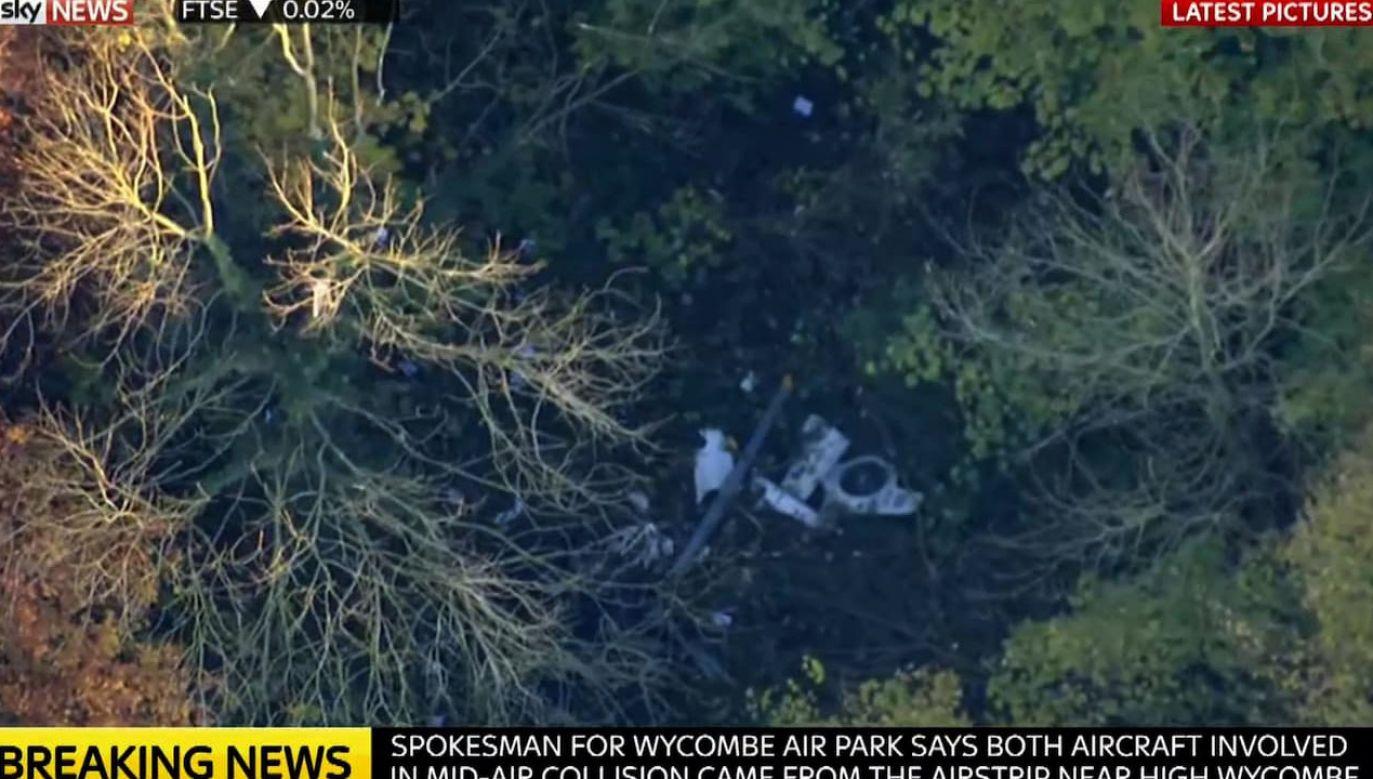 Do katastrofy doszło na północ od Londynu (fot. yt/SkyNews)