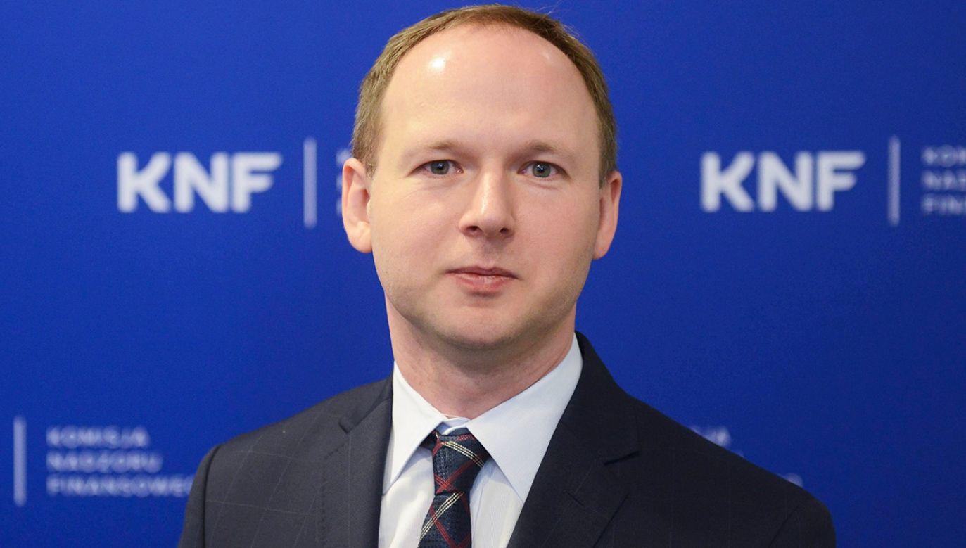 Szef KNF miał zaoferować przychylność dla Getin Noble Banku w zamian za ok. 40 mln zł (fot. PAP/Jakub Kamiński)