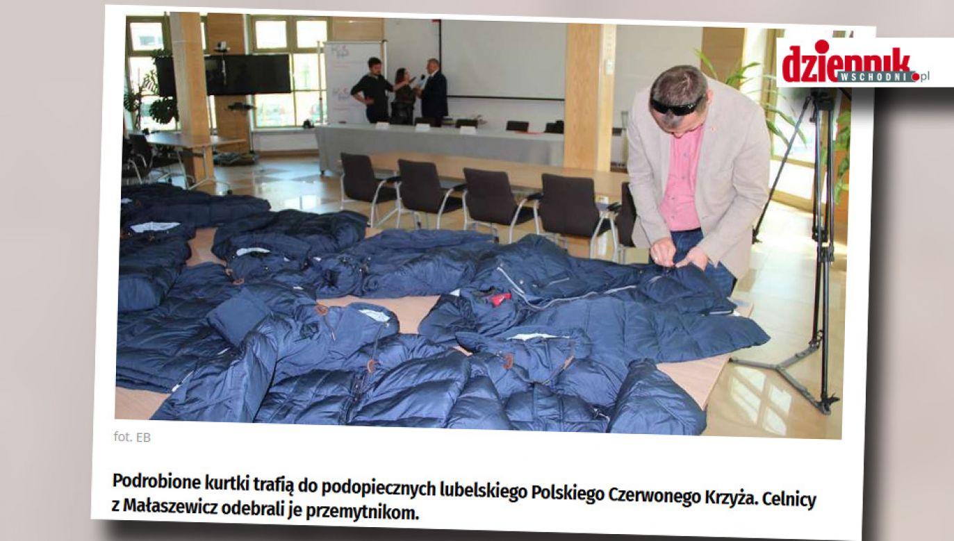 Kurtki trafią do podopiecznych PCK po usunięciu znaków towarowych (fot. Dziennikwschodni.pl)