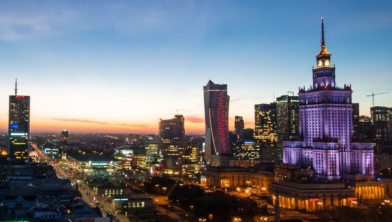 Platforma Obywatelska prezentuje nowy spot dotyczący Warszawy (fot. Pixabay/Skitterphoto)