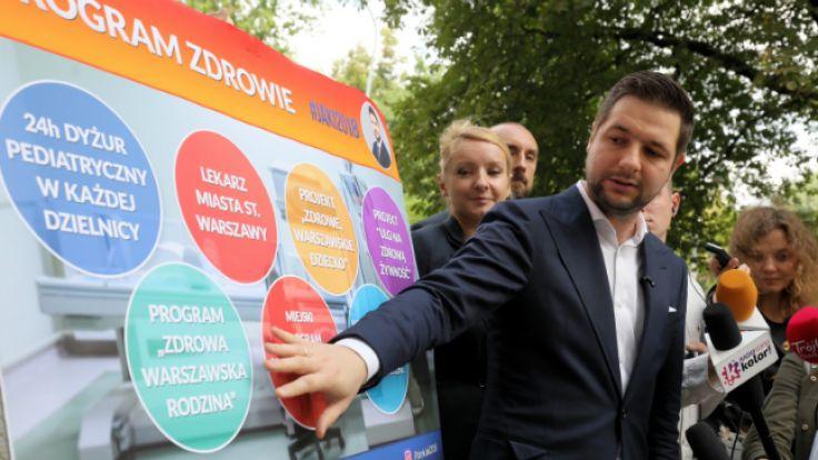 Kandydat PiS na prezydenta Warszawy Patryk Jaki podczas konferencji prasowej w Warszawie. Fot.: PAP/Paweł Supernak
