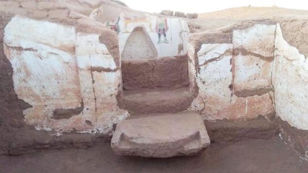 Ściany obu grobowców pokryte są malowidłami przedstawiającymi sceny religijne (fot. Egyptian Ministry of Antiquities)