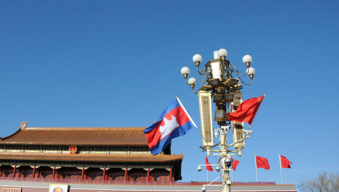 Relacje Kambodży z Zachodem w ostatnich latach ochłodziły się z powodu niedemokratycznych posunięć premiera Hun Sena (fot. VCG/VCG via Getty Images)