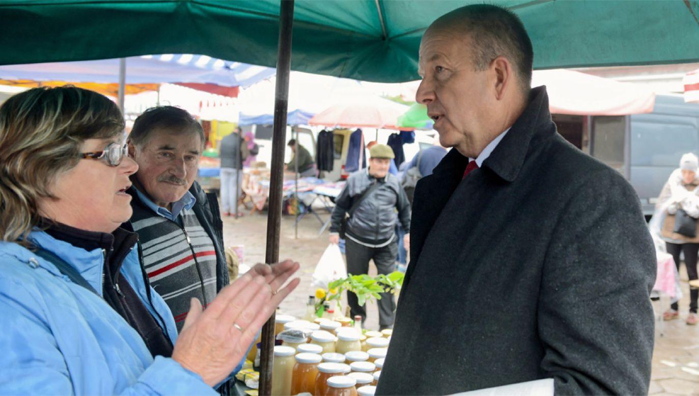 Konstanty Radziwiłł startuje w wyborach do PE (fot. PAP/Jakub Kamiński)