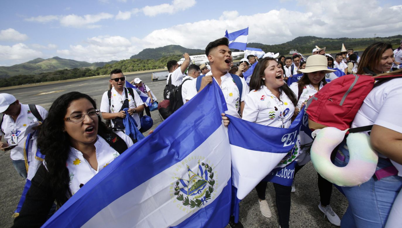 Do Panamy na ŚDM zjeżdża młodzież z całego świata (fot. PAP/EPA/Carlos Lemos)