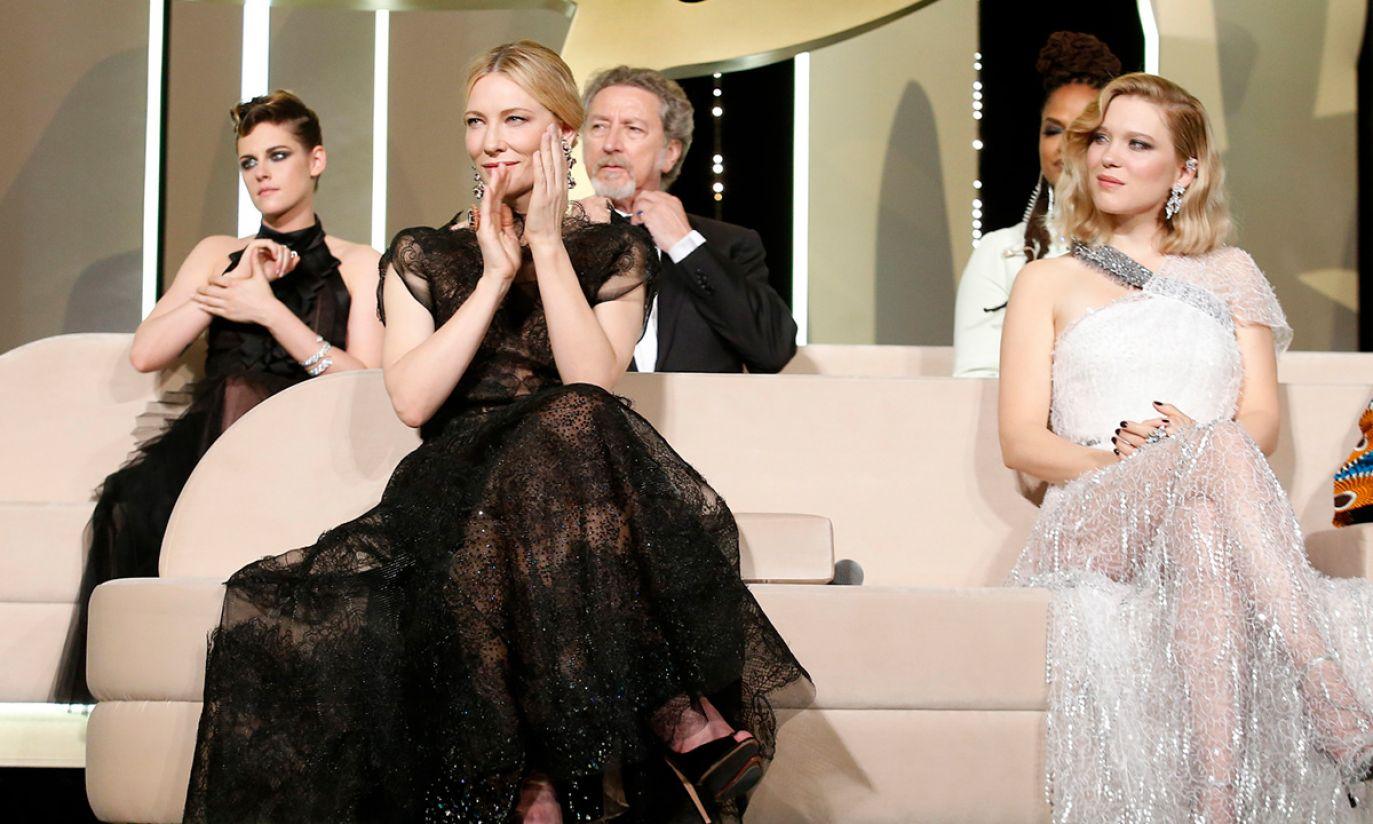 Członkowie jury biorą udział w ceremonii otwarcia 71. corocznego Festiwalu Filmowego w Cannes (fot. PAP/EPA/SEBASTIEN NOGIER)
