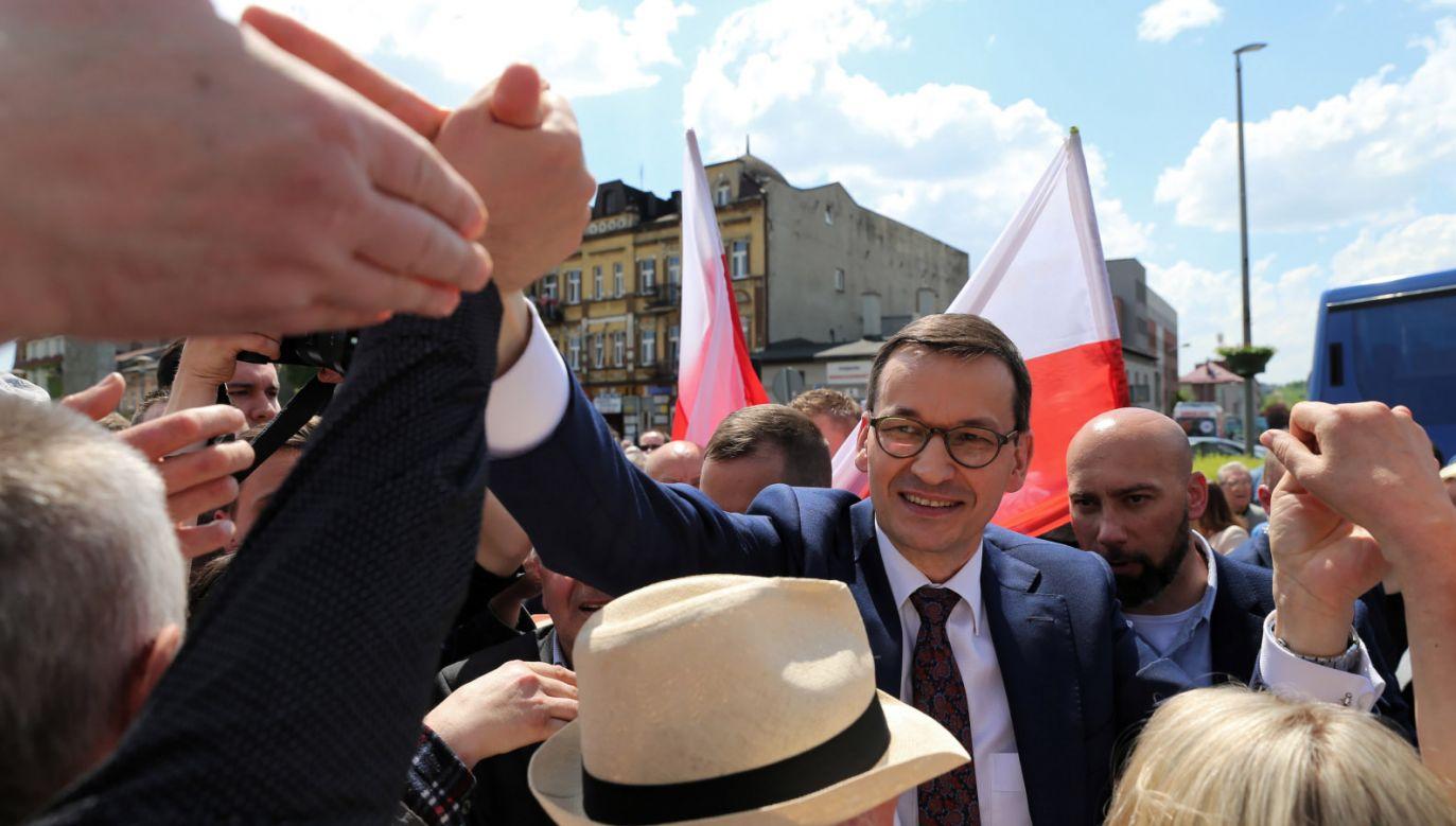 """""""Te wybory są bardzo ważne, każdy głos się będzie liczył"""" (fot. PAP/Andrzej Grygiel)"""
