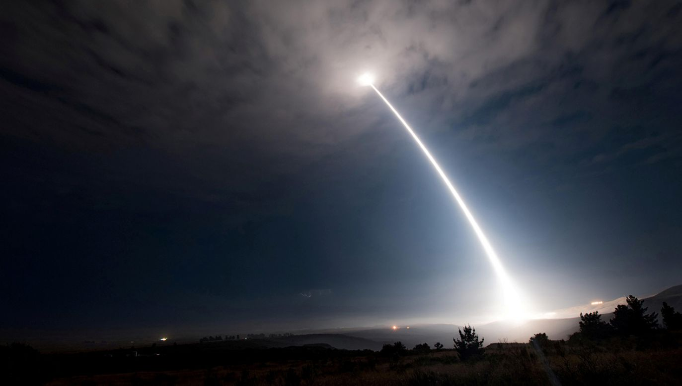 Pocisk został przechwycony przez dwie wystrzelone z ziemi przeciwrakiety (fot. REUTERS/Force/Senior Airman Ian Dudley)
