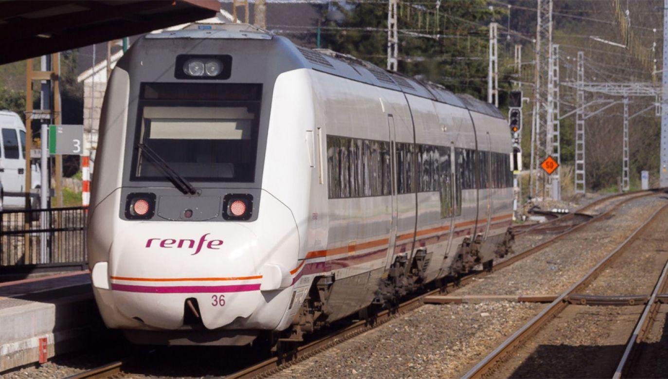 17-latek chciał sobie zrobić zdjęcie na dachu pociągu (fot. Wiki/Pedro Seoane Prado)