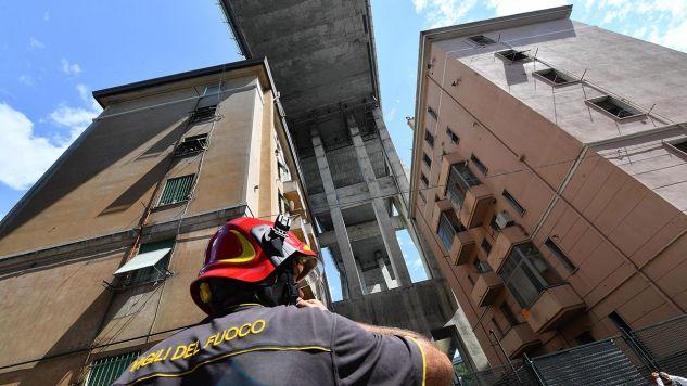 Po katastrofie budowlanej w Genui Bułgaria, Niemcy i Francja zapowiedziały kontrolę mostów u siebie (fot. PAP/EPA/LUCA ZENNARO)