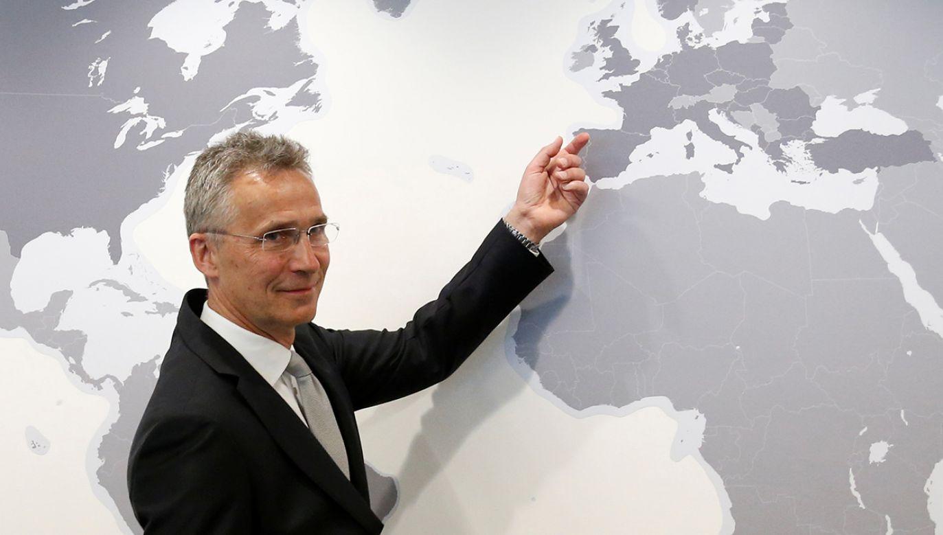 Sekretarz generalny Sojuszu Jens Stoltenberg (fot. REUTERS/Francois Lenoir)