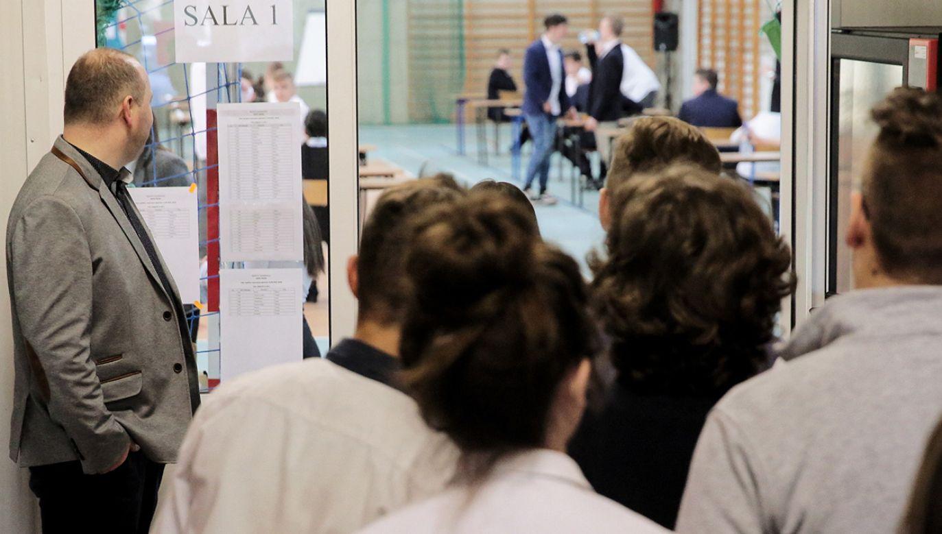 Według szefa KPRM termin strajku nauczycieli zostałprecyzyjnie zaplanowany (fot. PAP/Tomasz Waszczuk)