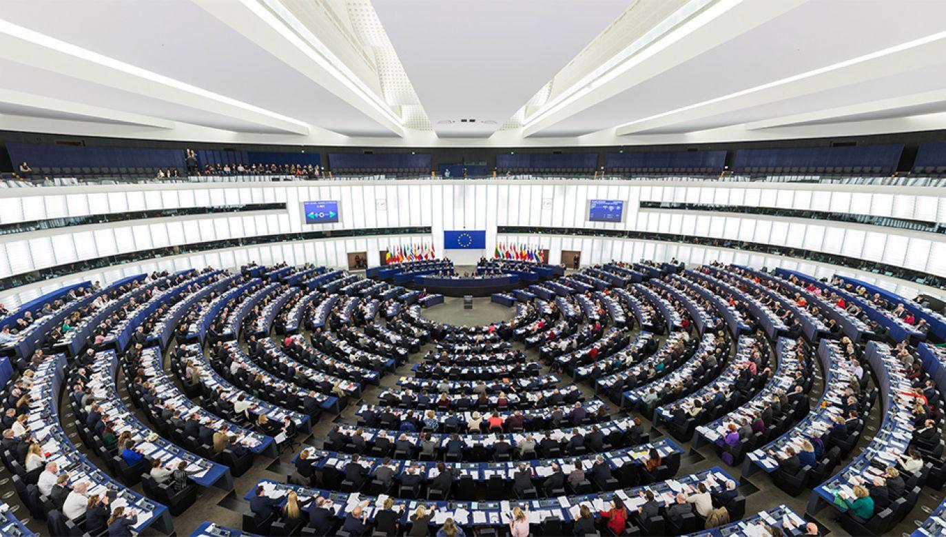 Europarlament wezwał polski rząd do przestrzegania postanowień dotyczących praworządności i praw podstawowych zapisanych w traktatach. PE (fot. wikipedia.org/Diliff)