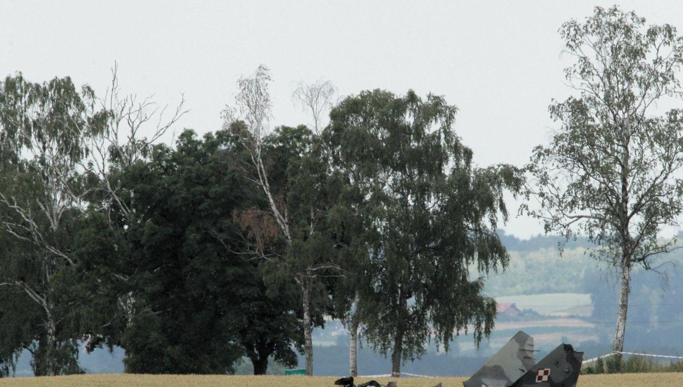 Katastroga MIG-29. Pilot katapultował się, ale nie przeżył (fot.Tomasz Waszczuk/ PAP)