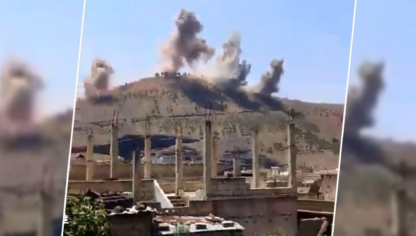 Wg mediów armia Asad przejęła strategiczne wzgórze, które dominuje nad okupowanymi przez Izrael Wzgórzami Golan (fot. tt/Nedal Alamari)