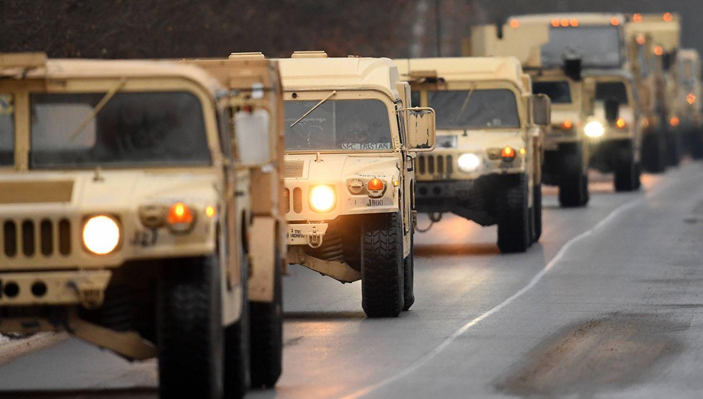 Możliwymi skutkami rozmów na linii Trump - Duda może być zwiększenie liczby amerykańskich żołnierzy w Polsce i stworzenie stałej bazy wojsk USA w kraju (fot. arch. PAP/DPA/dpa-Zentralbild)
