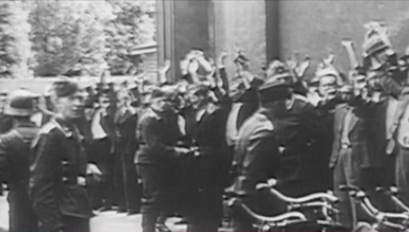 Żydowscy konfidenci i kolaboranci wydali rodaków na śmierć (fot. TVP Info)